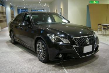 Toyota Crown 2014 for rent in Islamabad